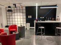 Lamp France oficinas 2019 01