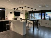 Lamp France oficinas 2019 03