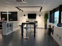 Lamp France oficinas 2019 04