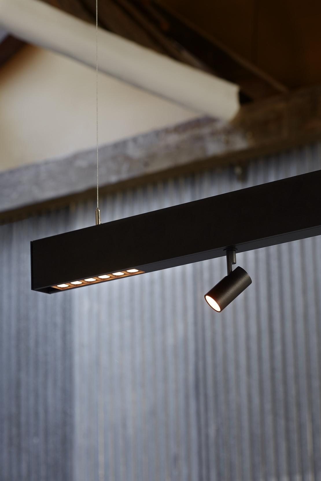 Lamp ocult system