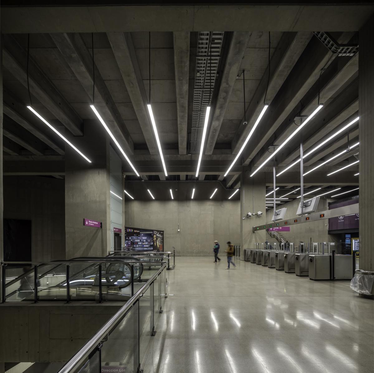 Lamp-Metro Chile-1