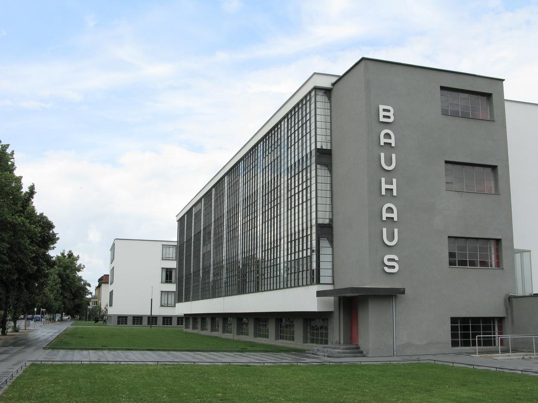 bauhaus-building