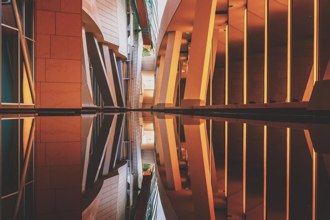 Olafur Eliasson installation lighting (pic by alessio lin) 01
