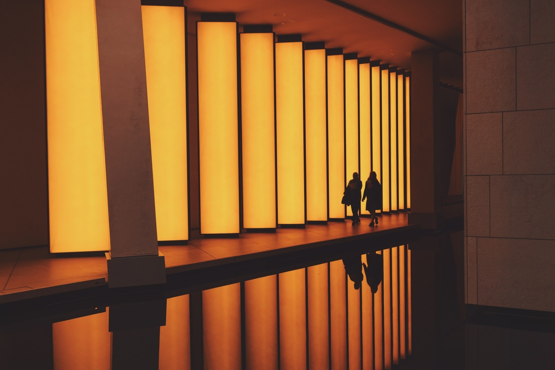 Olafur Eliasson installation lighting (pic by alessio lin) 02