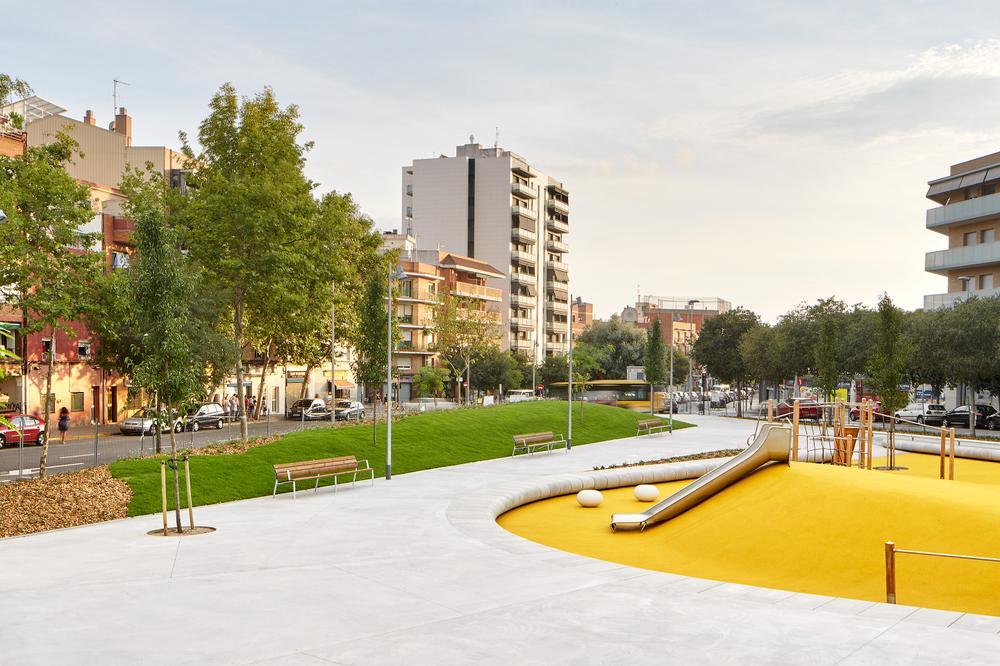 Reurbanización zonas verdes de Badalona