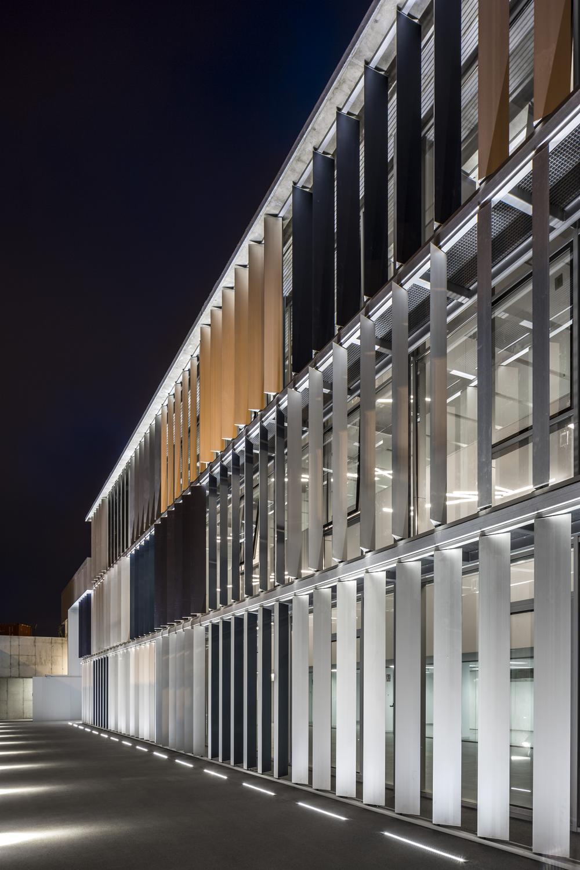 Edificio Pasarela_1